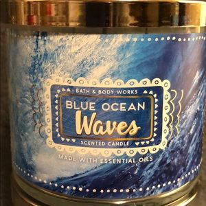 Blue Ocean Waves 🌊 BBW 3 wick candle
